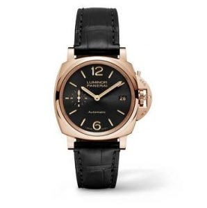 The 38 mm fake Panerai Luminor Due PAM00908 watches are made from red gold and black leather straps.
