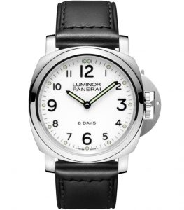 The sturdy fake Panerai Luminor PAM00561 watches are made from stainless steel.