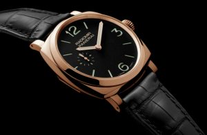 The 42 mm replica Panerai Radiomir 1940 PAM00575 watches have black dials.