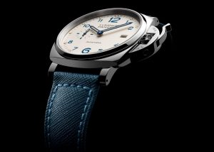 The special copy Panerai Luminor Due PAM00903 watches have blue straps.