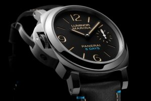 The stainless steel replica Panerai Luminor PAM00796 watches have black dials.