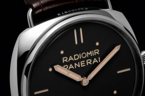 The water resistant fake Panerai Radiomir PAM00425 watches are made from stainless steel.